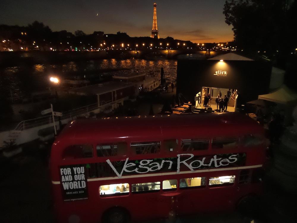 vegan routes le bus v g talien a s duit les parisiens. Black Bedroom Furniture Sets. Home Design Ideas